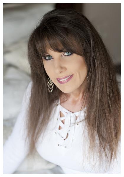 Portland boudoir photographer Michelle Stevens